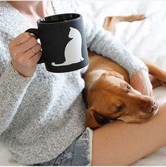 Coffee In Bed, Great Coffee, Coffee Time, Coffee Mugs, Coffee Drinkers, Cool Outfits, Women Wear, Instagram Ideas, Vizsla