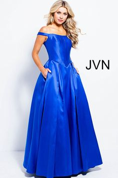 47d3901e396fe 184 Best Pageants images in 2019 | Pageant, Dresses, Prom dresses