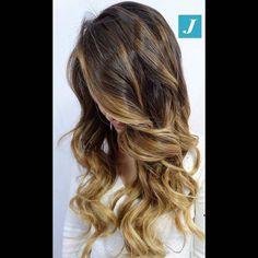 Non è un sogno, è il Degradé Joelle! #cdj #degradejoelle #tagliopuntearia #degradé #igers #musthave #hair #hairstyle #haircolour #longhair #ootd #hairfashion #madeinitaly #wellastudionyc #workhairstudiocentrodegradejoelle #roma #eur