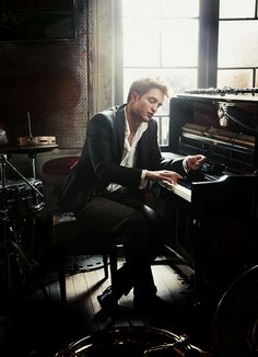 Robert Pattinson photographed by Annie Leibovitz for Vanity Fair, April 2011.