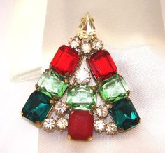 Strassbrosche Weihnachtsbäumchen, Gablonz/Böhmen, Czech Rhinestone X-Mas Tree Pin,   *** LIMITED EDITION ***, 5.5cm x 5cm, Strass Steine: Crystal (Kristallklar), Multicolor.