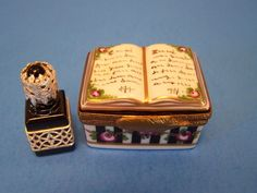 BOOK -PERUME authentic FRENCH LIMOGES BOX (  NEW  )