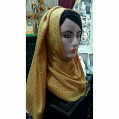 Temukan dan dapatkan Pasmina tyrex polka hitam warna mustard hanya Rp 35.000 di Shopee sekarang juga! http://shopee.co.id/deeva_olshop/10824463 #ShopeeID