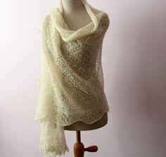 Handmade Orenburg Lace shawl scarf by Dom Klary Goat by domklary
