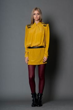 Nicole Miller Pre-Fall 2012 Fashion Show Collection