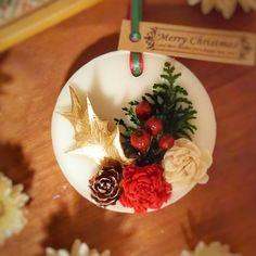 クリスマス気分が上がるアロマワックスバー ラウンド Wax Tablet, Diy Wax, Candle Art, Candlemaking, Scented Wax, Soap Recipes, Wax Melts, Diy And Crafts, Candles