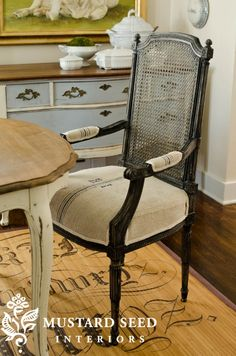 Grainsack Upholstery Close-Up------recover old furniture in burlap or grain sack material! Painted Kitchen Tables, Painted Chairs, Painted Furniture, Furniture Redo, Furniture Projects, Recycled Furniture, Vintage Furniture, Farmhouse Furniture, Room Chairs