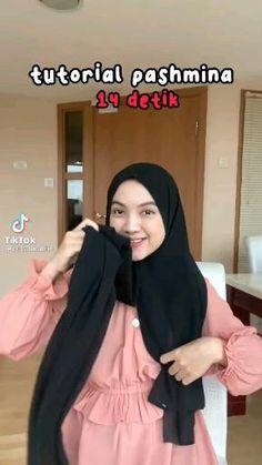 Modern Hijab Fashion, Street Hijab Fashion, Muslim Fashion, Iranian Women Fashion, Simple Hijab Tutorial, Hijab Style Tutorial, Stylish Hijab, Casual Hijab Outfit, Style Hijab Simple