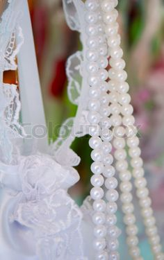 Image of 'wedding decorations with pearls'