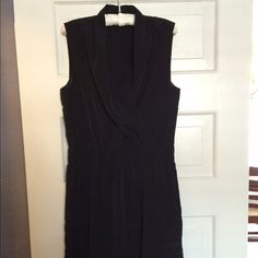 Gorgeous black Express v-neck dress! In great condition, stylish black dress by Express. Love the fabric! Faux wrap dress, wide waist band! Express Dresses