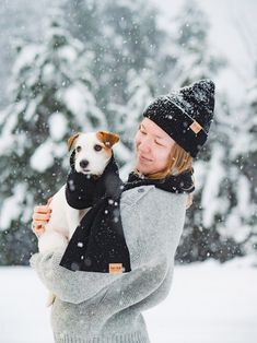 Enjoying the Winter Wonderland in Finland. Winter Outfit with a Doggie Friend. Shop Organic Merino Wool Beanie and Scarf from VAI-KØ here! Christmas gift idea for Women. Bull Terrier Dog, Dogs Of The World, Jack Russell Terrier, Family Dogs, Training Your Dog, Dog Life, I Love Dogs, Best Dogs, Dog Breeds