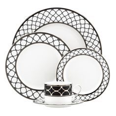 Bring the classic combination of black and white to your table with Sharon Sacks Garden Gala dinnerware by Lenox. The chic lattice design and platinum trim add sophistication and elegance to this contemporary styled china.