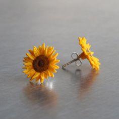 Image of printed Earrings Van Gogh Sunflower aesthetic Ear Jewelry, Cute Jewelry, Jewelry Accessories, Jewelry Design, Jewlery, Geode Jewelry, Funky Jewelry, Jewellery Earrings, Accesorios Casual