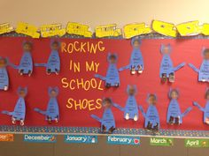 Pete the Cat Bulletin Board for Back to School.  Take a picture of students shoes and write what color they are.