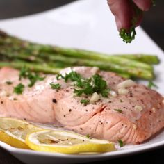 Grilled Citrus Salmon And Asparagus (Grilled Asparagus Recipes) Salmon Dishes, Fish Dishes, Seafood Dishes, Salmon Recipes, Fish Recipes, Seafood Recipes, Tilapia Recipes, Orange Recipes, I Love Food