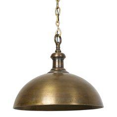 Hanglamp Adora is een mooie, subtiele hanglamp in een oudbronzen kleur. Met de Adora hanglamp van het merk Light&Living geef je je interieur net dat beetje extra. De lamp straalt luxe uit en geeft een sfeervol licht. De lampenkap heeft een diameter van 50 cm en hoogte van 40 cm. Deze gave hanglamp Adora antiek brons is ook nog een maatje groter te shoppen in onze webshop.