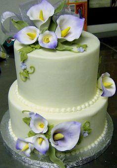 HPIM0132.JPG - BUTTERCREAM FINISH CAKE...CALLA LILLIES DUSTED IN PURPLE