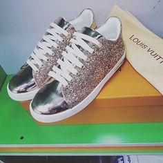 #LOUISVOULTONSNEAKERS #sneakershout #style #sneakerboss #smallwordfashion #trendy #fashionworld #fashionister #menfashion #mencasual #smartcasual #simplysmart #sneakerloud  Place order ASAP via +2348082995184 , +2348171250399 or DM via @crownexpressdelivery for your Swift delivery ...👍👌👌👍👉 .....SWIFT DELIVERY NATIONWIDE..... Smart Casual, Men Casual, Small Words, Front Row, Louis Vuitton, Mens Fashion, Sneakers, Shoes, Moda Masculina