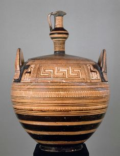 Pyxis with a lid in the form of an Oinochoe | Louvre Museum | Paris