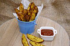 cartofi wedges la cuptor Romanian Food, Wedges, Health Fitness, Yummy Food, Favorite Recipes, Vegetables, Mai, Shells, Hobbies