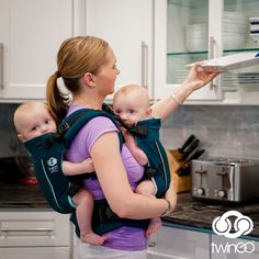 Great GIFT for Twin parents. The TwinGo Carrier is built to last you for years! You can start single-carry with the TwinGo Infant Insert at 7 pounds, and carry until both babies are 70 pounds combined. Twin Mom, Twin Babies, Twin Carrier, Twin Baby Photos, Survival Blog, Twin Birthday Parties, Second Child, Tandem, Baby Wearing