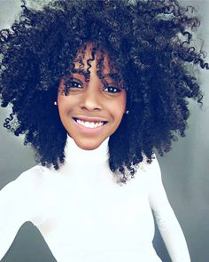 "luvyourmane: ""We luv big hair @nandabarbosaoficial #LuvYourMane #naturalhair #melanin """