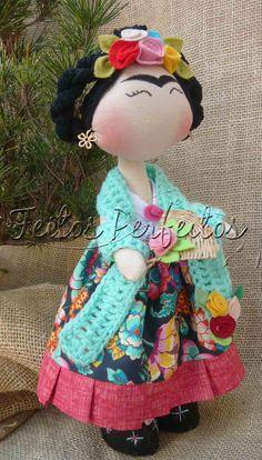frida kahlo plushie doll Tilda By Feitos Perfeitos: Fridinha