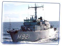 Belgian Navy M921 Lobelia - Minesweeper.