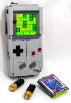 「papercraft gameboy」の画像検索結果