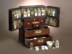 Ship's Medicine Chest: Imagine how great this would be for storing beading supplies!