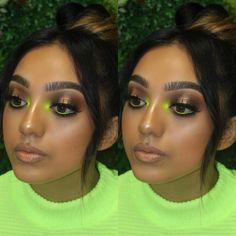 15 Neon Eye Art Ideas to Brighten Up Spring 2019 neon inner corner makeup look Girls Makeup, Glam Makeup, Makeup Geek, Makeup Tips, Face Makeup, Makeup Ideas, Makeup Inspo, Makeup Brands, Party Makeup