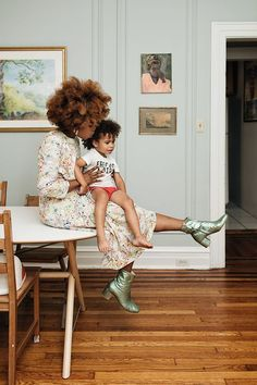 Mothers and Daughters with Natural Hair, Curly Hair, Little Ones, Black Baby, #natural #naturalhair #blackhair #beautiful #style #inspiration #mom #momlife