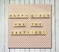 Happy girls are the prettiest <3