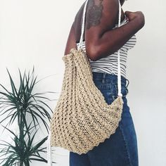 "Polubienia: 79, komentarze: 5 – ELFRIEDA & JABIR (@elfriedajabir) na Instagramie: ""Y A Y ! | The Sorrento Drawstring Backpack is officially up on the shop! & For a very special…"""