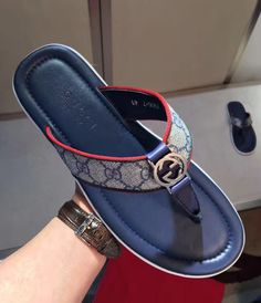 Here are some luxury slippers for the real men. They come in different styles and designs just for your outing and any other event. Gucci Slipper, Slipper Sandals, Leather Slippers For Men, Mens Slippers, Gucci Fashion, Mens Fashion Shoes, Gucci Brand, Slippers For Girls, Gucci Outfits