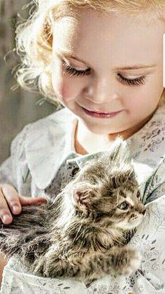 Fantasy Life, Family Photography, Best Friends, Children, Animals, Cute Kids, Cute Pets, Gatos, Bite Size