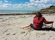 Easter beach © Sabine Coe #Morbihan #Bretagne #tourisme Brittany, Easter, Beach, The Beach, Easter Activities, Beaches, Bretagne