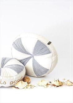 111 beste afbeeldingen van riviera maison kissen pillows in 2018 kussens strandhutjes en. Black Bedroom Furniture Sets. Home Design Ideas