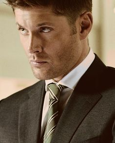 Jensen Ackles... why are you so pretty?