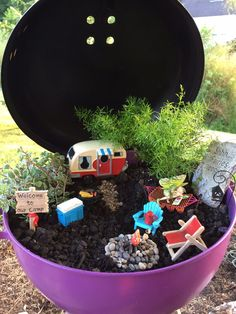 Painted an old charcoal grill to create the perfect place for a fairy campground, complete with her own tiny charcoal grill! Beach Fairy Garden, Fairy Garden Plants, Fairy Garden Houses, Gnome Garden, Succulents Garden, Garden Bar, Miniature Fairy Gardens, Garden Projects, Container Gardening