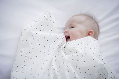Ledikantlaken Adorable Dot - Mies & Co via www.HippeKidsKamer.nl
