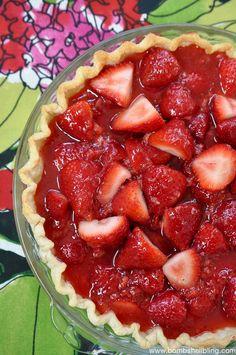 AMAZING and simple Strawberry Pie Recipe!