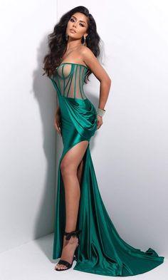 Glam Dresses, Couture Dresses, Satin Dresses, Sexy Dresses, Fashion Dresses, Stunning Dresses, Beautiful Gowns, Elegant Dresses, Nude Dress