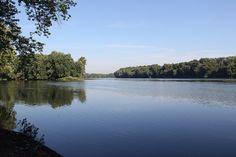 A view of the Potomac River in Red Rock Wilderness Overlook Regional Park in Leesburg, Virginia.