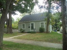716 Irving Ave, Rockford, IL 61101 - Home For Sale and Real Estate Listing - realtor.com®