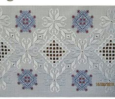 This Pin was discovered by muk Embroidery Online, Hardanger Embroidery, Hand Embroidery Stitches, Embroidery Patterns, Cross Stitches, Embroidery For Beginners, Embroidery Techniques, Drawn Thread, Fabric Yarn