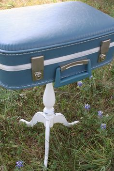 Check the gallery of DIY Projects and create something Vintage for your home. Good luck!