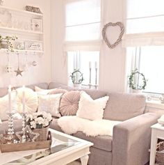 Cosy cream living room, corner sofa, shabby chic