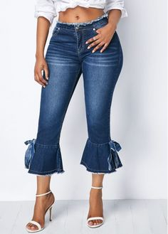 Swans Style is the top online fashion store for women. Shop sexy club dresses, jeans, shoes, bodysuits, skirts and more. Moda Jeans, Fashion Outfits, Womens Fashion, Fashion Trends, Fashion Pants, Fashion Clothes, Moda Vintage, Flare Pants, Denim Pants