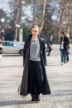 Runway and Beauty | Anna Ewers - Milan Fashion Week Fall/Winter...